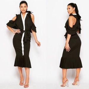 NEW💥Classy Cold Shoulder Dress